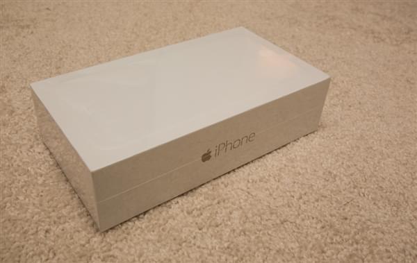 iPhone 7包装盒曝光的照片 - 5