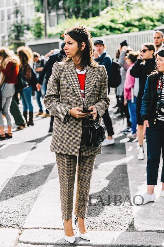 2017春夏巴黎时装周秀场外街拍
