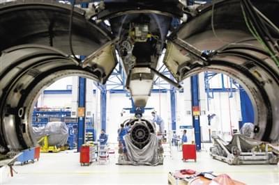 """""""传统涡喷发动机主要是通过采用加力燃烧技术实现加速和超音速飞行"""