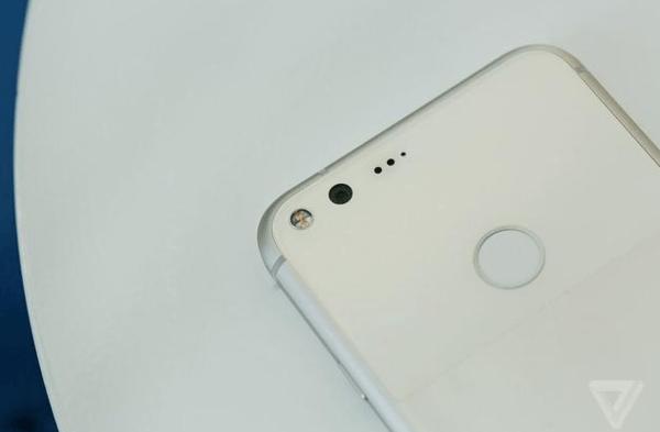 Pixel上手:外观酷似iPhone 中规中矩硬件无新意的照片 - 5