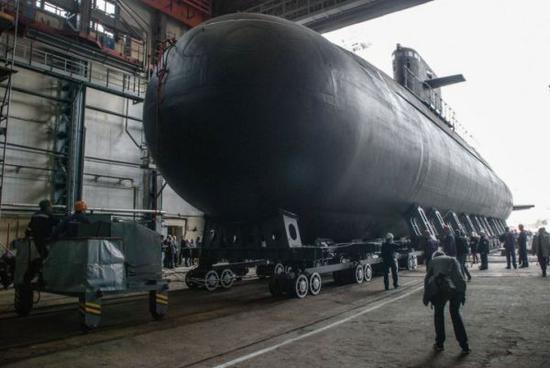 开建13年后终竣工!俄第二艘拉达级柴电潜艇下水