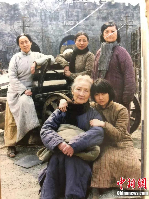 90岁的她曾经历过南京大屠杀的梦魇 如今美得惊艳
