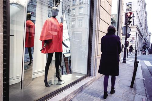 为何中国人花2万元买加拿大鹅羽绒服也不买国产?