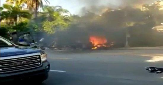 美两大监管机构调查特斯拉新车祸:重点是电池起火