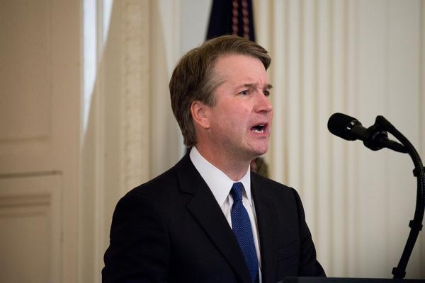 """特朗普提名新任大法官:保守派""""学霸"""" 引自由派担忧"""