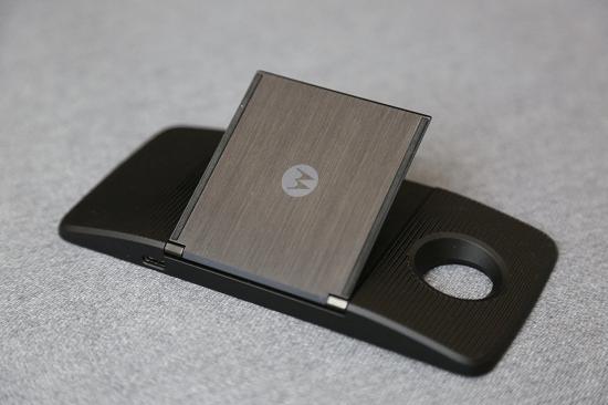 """靠外挂来""""重新定义手机""""? Moto Z模块化手机体验的照片 - 13"""