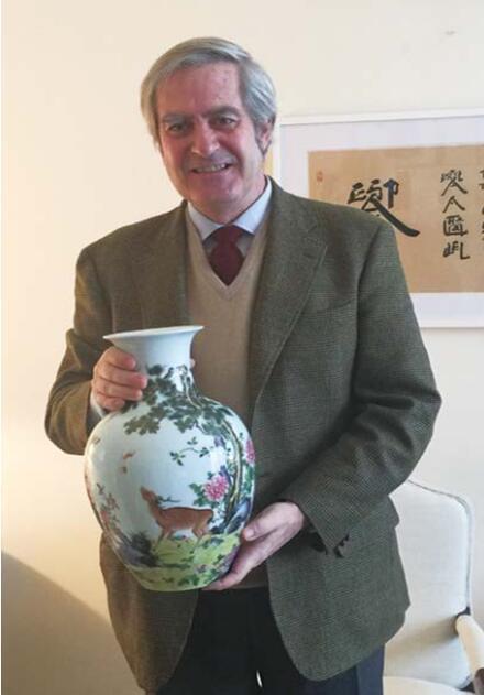 失传200年宫廷陶瓷 是他恢复的