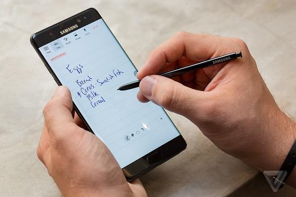 报道称AT&T考虑永久停售Galaxy Note 7的照片