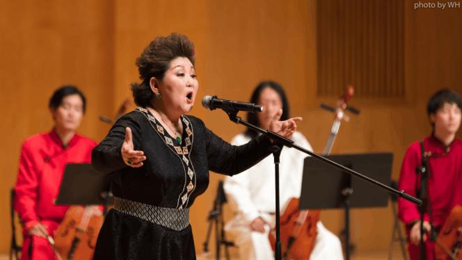 民族心民族风 乌日娜举办《苍茫谣》学术音乐会