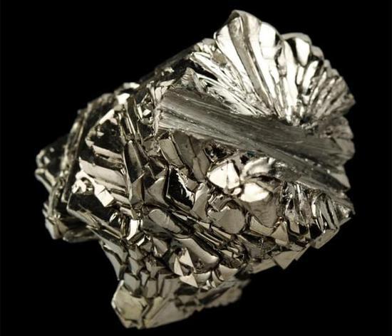 科普时间:高科技领域都在用的钛金属究竟牛在哪?