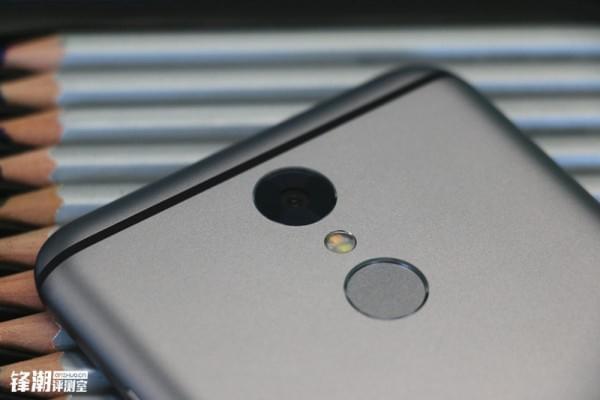 安全与长续航的保证:360手机 N4S上手评测的照片 - 6