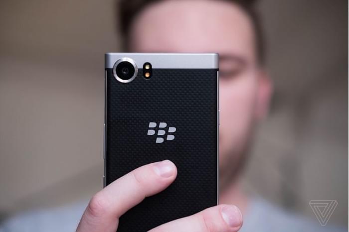 黑莓KeyOne上手玩:全键盘的回光返照的照片 - 4