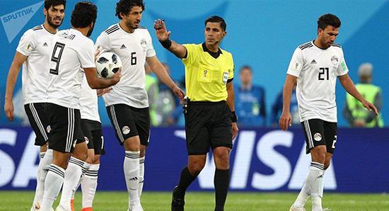 因遭沙特绝杀 埃及体育评论员突感不适猝死
