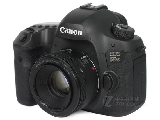Canon/佳能5Ds(单机 全高清1080 不含镜头 5060万有效像素) 京东14777元(赠品)