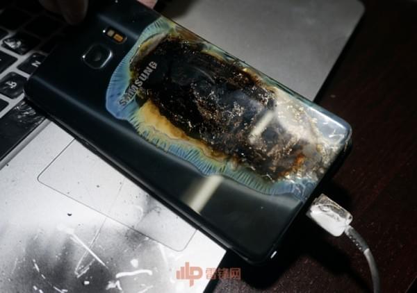 国行Note7第四起事故用户采访实录:剧烈燃烧事故的照片 - 1
