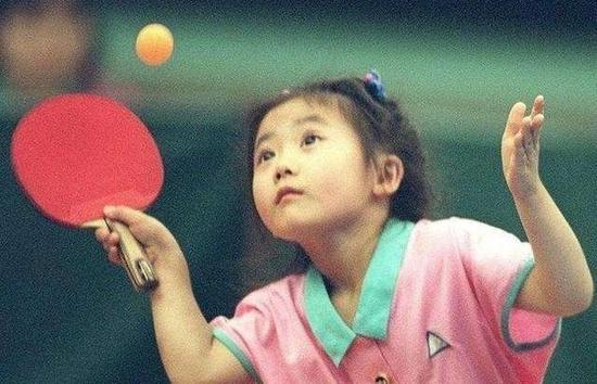 福原爱从5岁开始到中国练习乒乓球