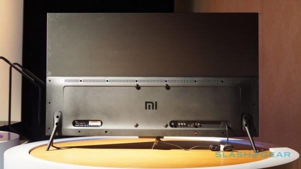 小米电视4美国亮相 机身仅厚4.9mm的照片 - 7