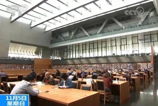 《公共图书馆法》获通过:政府买单 民众看书全免费