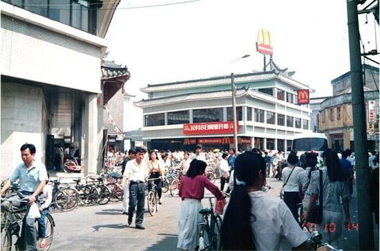 """从现在起,""""麦当劳中国""""不再是麦当劳的了"""