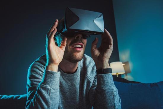 多亏成人视频 虚拟现实迎来第一波真正繁荣