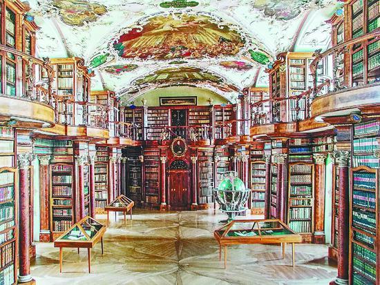 带你一睹世界最美图书馆 圣加仑修道院图书馆