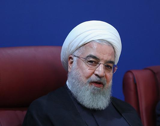 美对伊制裁刚正式生效 伊朗就干了这件大事