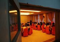 聚餐、送礼、拍写真 4成大学生毕业花费超三千元