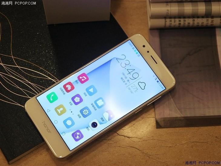 三星S7 edge领衔 市售玻璃机身手机盘点