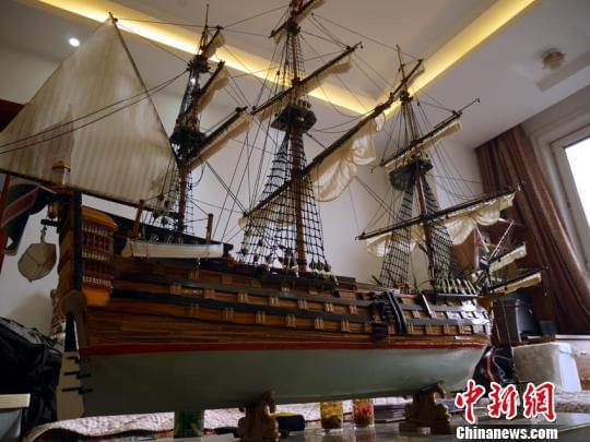 """最大的一艘战船""""胜利号""""长1.5米。 苍雁摄"""