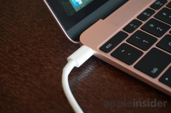 设计缺陷?MacBook 用USB-C转HDMI适配器时会闪屏