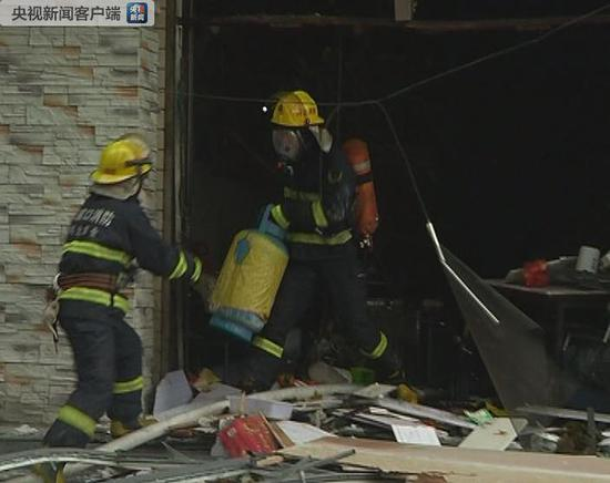 河北张家口一家饭店发生液化气燃爆事故 致1死8伤