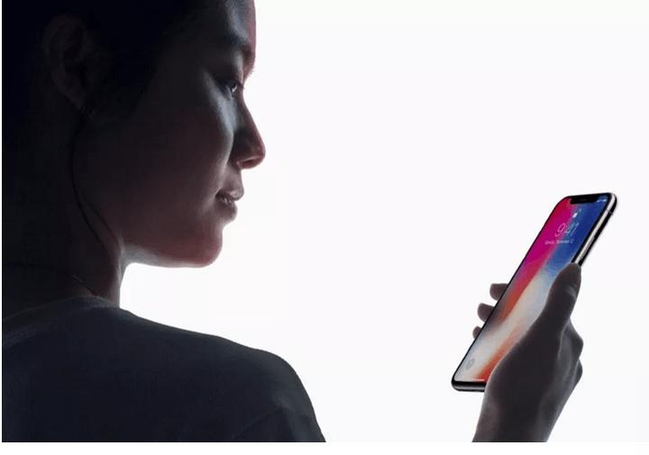 斯诺登评苹果Face ID:我更担心隐私安全