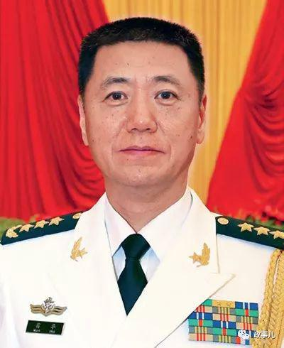 全国人大代表中解放军团有269人 其中20人为上将