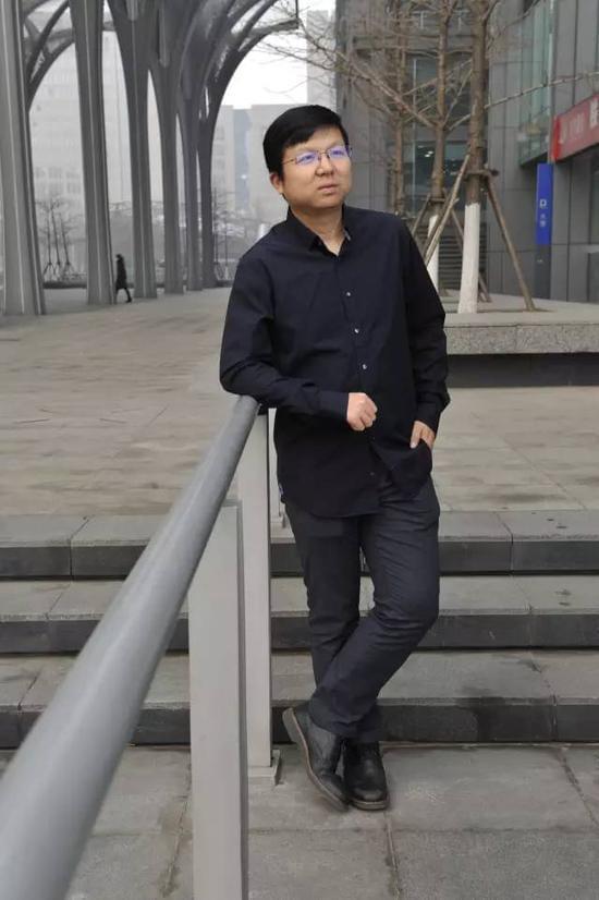 抓住了沉默大多数 搅动了1/3中国人口的为什么是快手?的照片 - 3