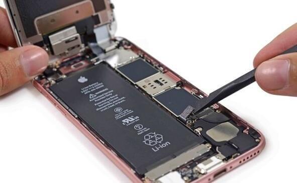 iPhone 6s自动关机将导致电池供应商洗牌?的照片