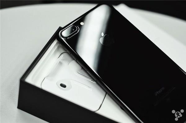 iPhone 7 Plus供应改善,亮黑色发货时间3-5个工作日的照片 - 1