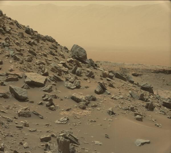 NASA公布好奇号漫游车拍摄的最新火星照片的照片 - 6