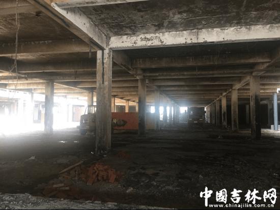 长春金源大市场火灾4个半月:众商户帐篷售卖(图)戎祥老婆