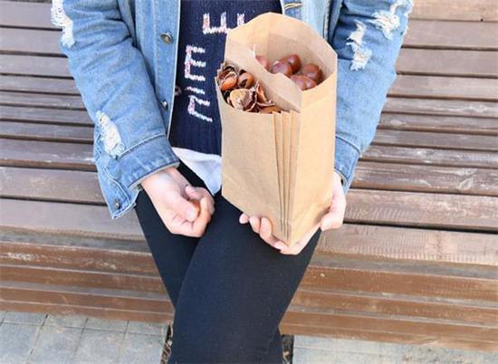 专门为板栗设计个袋子 吃个板栗都这么讲究