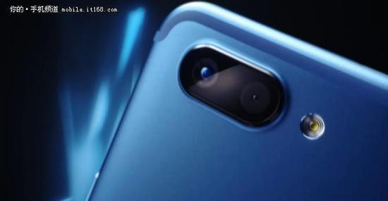 新推本命色 vivo X20蓝色版双十一开卖