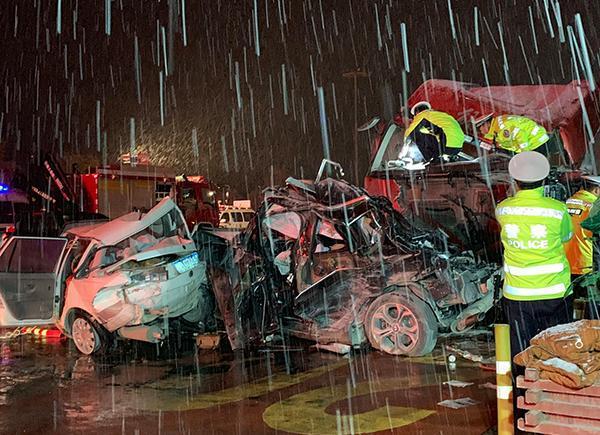 兰海高速车祸关键词:为何刹车失效 何为避险车道