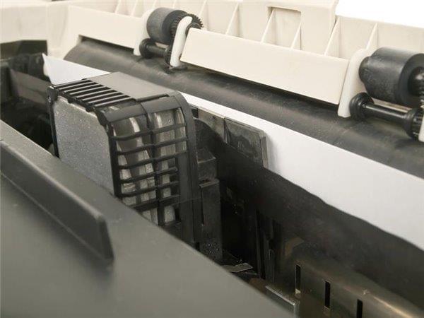 外媒盘点今天依然在使用的十大过时技术的照片 - 1