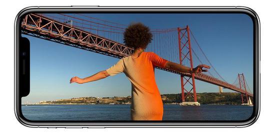 为解决6.1英寸新iPhone X下巴问题 苹果操碎了心