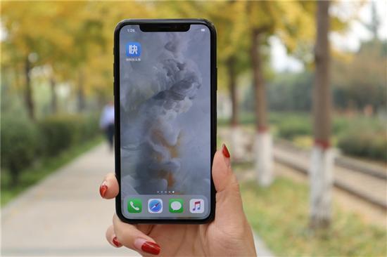 夏普即将量产OLED屏幕:苹果会动心吗?