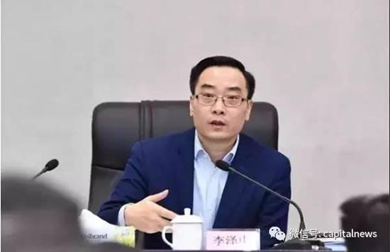 """刚当选3个月,珠海新市长被""""秒杀"""""""