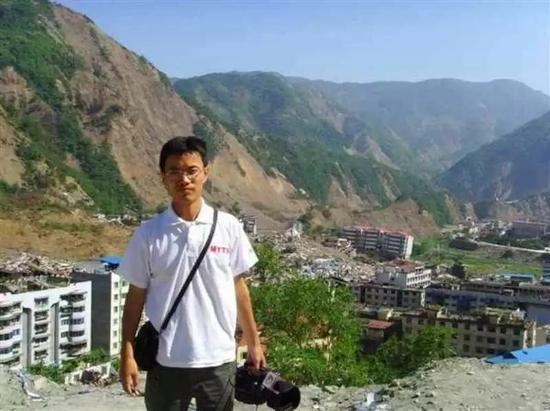 廖勇一个月后回访北川。受访者供图