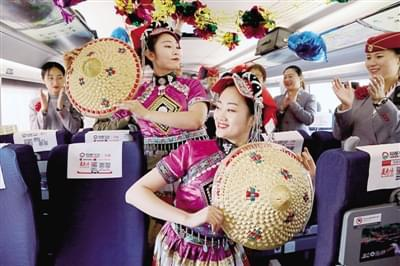 郑州至厦门高铁列车正式开通