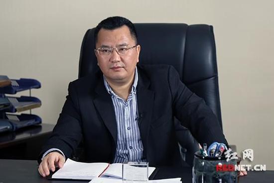 华凯集团董事长_华凯厢式货车