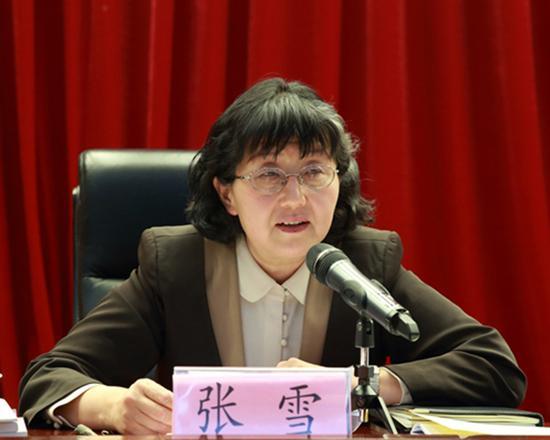 全国政协委员张雪:提高民办幼儿园教师工资待遇