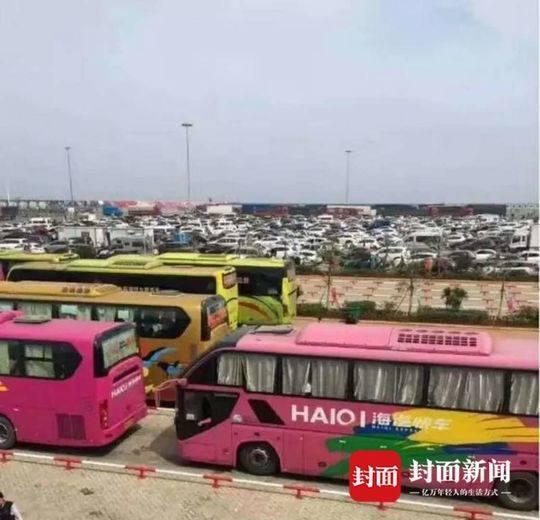 旅客海口遇堵车已滞留4天:就玩了3天 每天关注路况